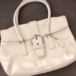 ✨Coach White leather Bag ✨